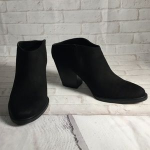 Black ankle booties boots Size 8 Brash exc. cond.